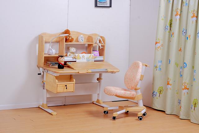 儿童实木学习桌的保养方法